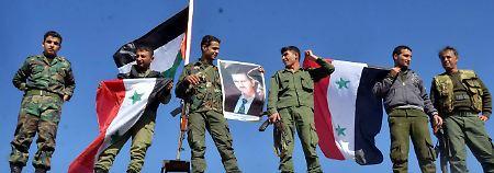 """Von der Leyen kann sich eine Zusammenarbeit mit """"Teilen"""" der Assad-Truppe gut vorstellen."""