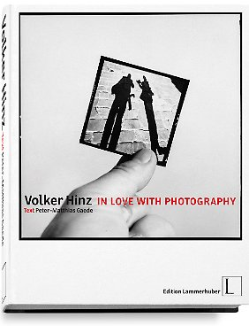 """In Love with Photography"" ist bei Edition Lammerhuber erschienen, gebunden, Special Edition, 424 Seiten, 371 Fotos, 249 Euro"