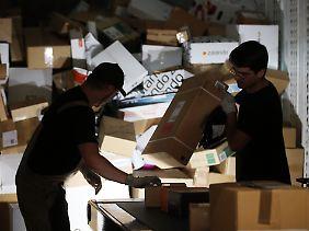 Vor allem Online-Bestellungen sorgen für einen regeren Paketverkehr.