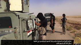 IS-Kämpfer in der Grenzregion von Syrien und dem Irak.