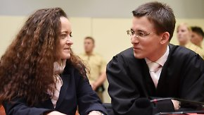 Anwalt verliest Aussage: Zschäpe weist Beteiligung an NSU-Verbrechen zurück