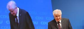 Weder Löwe noch Kätzchen: Seehofer kommt auf Hasenfüßen zur CDU