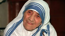 Mutter Teresa ist bereits Selige. 2016 soll ihre Heiligsprechung folgen.