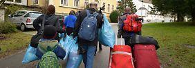 Verbleib von Tausenden unklar: Flüchtlinge verschwinden aus Erstaufnahme