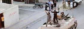 Attentäter als Flüchtling tarnen?: IS erbeutet Zehntausende Pässe