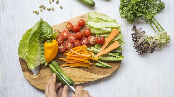 Orthorexie wird als eine ausgeprägte Fixierung auf die Auswahl von gesunden Lebensmitteln verstanden.