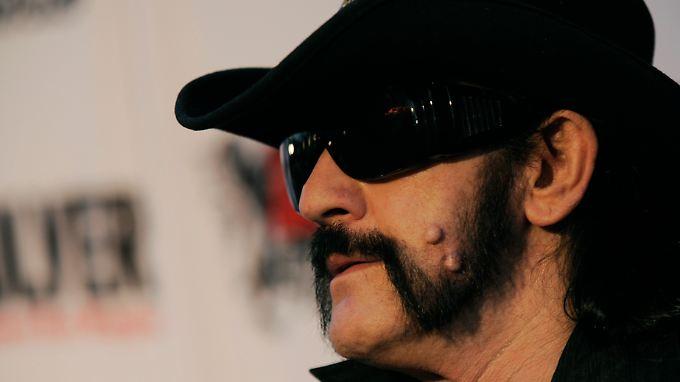 Lemmy Kilmister an Krebs gestorben: Motörhead richtet sich mit Bitte an Fans