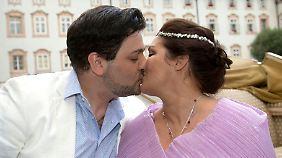 Im Juli verlobte sich Anna Netrebko nach kurzer Kennenlernzeit mit Yusif Eyvazov.