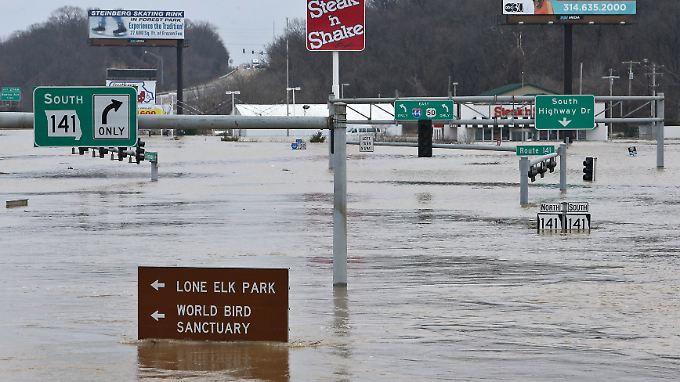 Überforderte Einsatzkräfte: Flut in Missouri kostet 13 Menschen das Leben