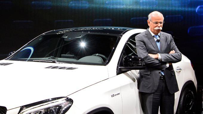 Gestärkt geht der Daimler-Konzern aus dem Abgasskandal davor - dank Dieter Zetsche.
