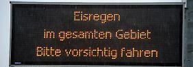 Zugverkehr ab Norddeich ruht wieder: Busse und Züge stehen
