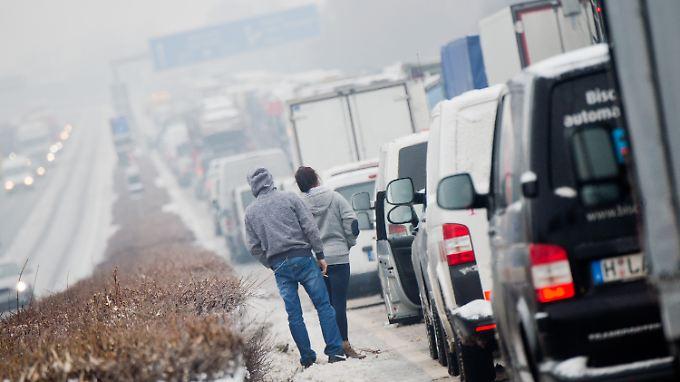 Winter in Deutschland: Glätte und Schnee führen zu 74 Unfällen im Raum Osnabrück