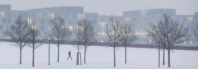 Winterwunderland: der Spreebogenpark in Berlin.