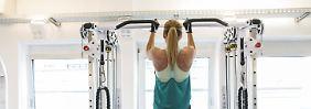 Effekt nur bei Männern erkennbar: Sport senkt Gefahr für Muskelschwund