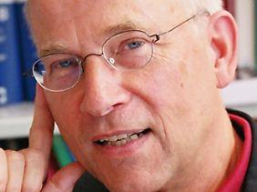 Lorenz Böllinger ist Strafrechtler und Kriminologe, als Professor war er unter anderem an der Universität Bremen tätig.