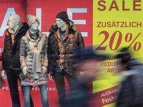 Die Winterkollektionen wurden durch die milden Temperaturen zu Ladenhütern.