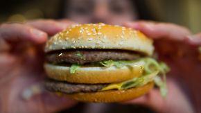 Indikator für die nächste Reise: Big-Mac-Index zeigt, wie stark Währungen sind