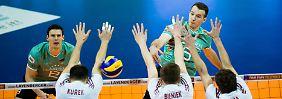 Sieg gegen Weltmeister Polen: Volleyballer kommen Olympia näher