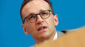 Ausschreitungen in Köln: Justizminister Maas: Silvester-Angriffe auf Frauen waren organisiert