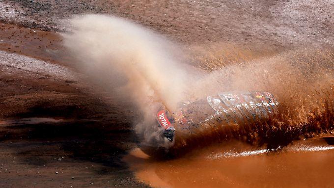 Die Rallye Dakar führt die Fahrer an der siebten Etappe durch die Salzwüste Uyuni.