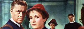 Die Trapp-Familie in Amerika (1958): Baron Trapp (Hans Holt) und seine Frau Maria (Ruth Leuwerik) sind verzweifelt, als der Erfolg in Amerika ausbleibt und ihre Aufenthaltsgenehmigung abläuft.