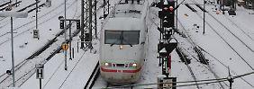 Wegen Wintereinbruchs: Bahn bremst ICE-Züge auf Tempo 200