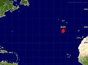 """Südlich der Azoren: Hurrikan """"Alex"""" auf der Karte des """"National Hurricane Center"""" (NCA)."""