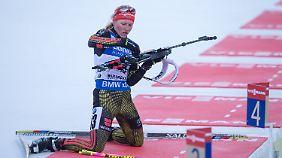 Am Schießstand gab Franziska Hildebrand ihren dritten Weltcupsieg noch aus der Hand.