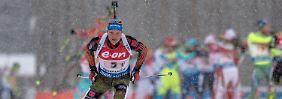 Massenstart in Ruhpolding: Lesser siegt beim Biathlon-Heimspiel