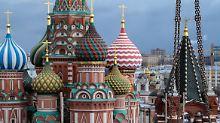 """Der """"Korpus Nummer 14"""" des Kreml-Gebäudes in Moskau wird unter strengen Auflagen abgerissen."""