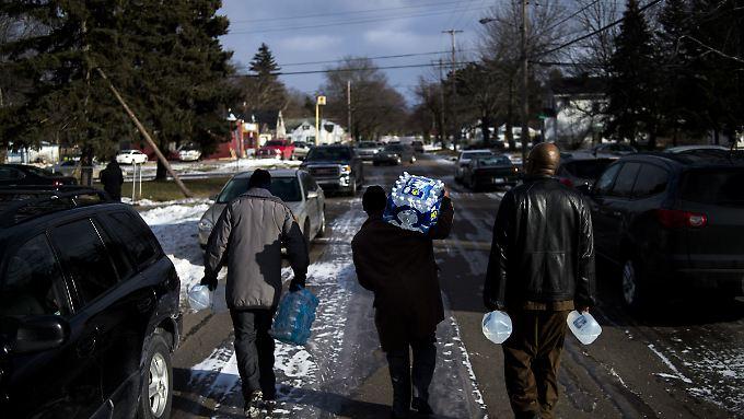 Wasser aus dem Hahn ist in Flint giftig.