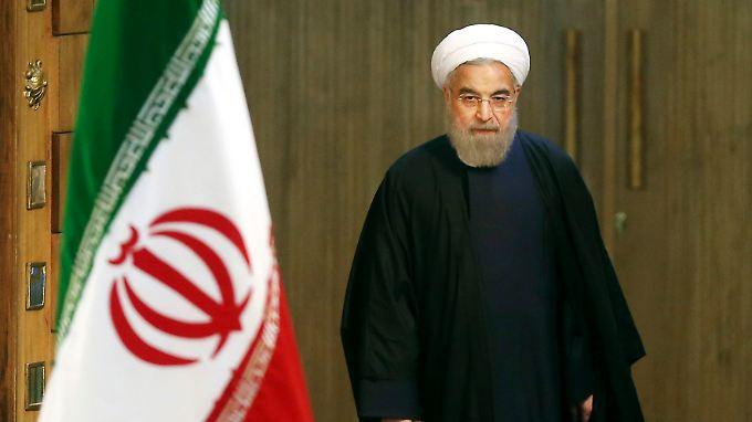 Irans Präsident Hassan Ruhani sieht die Gespräche mit dem chinesischen Staatschef Xi Jinping als Gipfeltreffen.