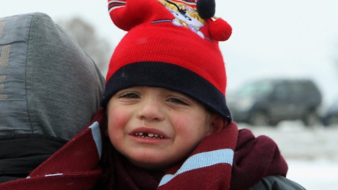 Kinderhilfsorganisationen warnen: Die Kälte wird für Kinder zum lebensbedrohliichen Risiko.