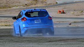 Per Knopfdruck lässt sich der Focus RS auch gern mal in die Drift bringen.