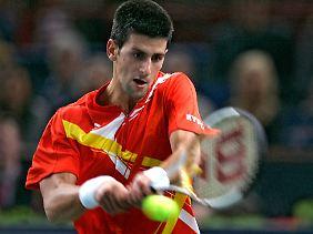 2007 war Novak Djokovic erst 20 Jahre alt und trotzdem schon die Nr. 3 der Welt. Seine Niederlage gegen Santoro erklärte er damals mit den Nachwirkungen einer Weisheitszahn-OP.