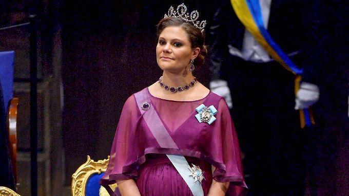 Schon bei den Nobelpreis-Verleihungen im Dezember hatte Victoria einen beträchtlichen Babybauch.