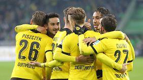 Einsames Top-Duo der Bundesliga: Dortmund zieht einsam seine Kreise, Bayern leidet