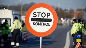Druck auf Griechenland wächst: EU-Staaten wollen Außengrenzen besser schützen