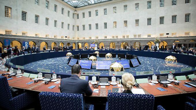 """Der niederländische Innenminister empfing seine EU-Amtskollegen zum informellen Treffen im Amsterdamer """"Scheepsvaartmuseum""""."""