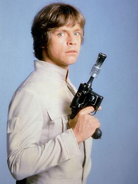 """Luke Skywalker benutzte den DL-44 Blaster in """"Star Wars: Episode V - Das Imperium schlägt zurück""""."""
