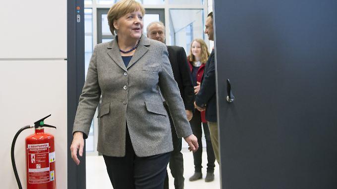Die SPD-Kollegen erinnern Merkel an ihre Richtlinienkompetenz.