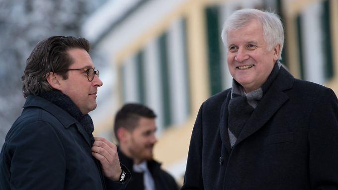 Müssen sich noch etwas gedulden: CSU-General Andreas Scheuer (l.) und CSU-Chef Seehofer.