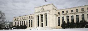 Suche nach Anhebungsgründen: Fed legt die Stirn in Falten