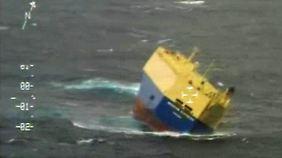 Bedrohliche Schlagseite: Frachter gerät auf dem Atlantik in Seenot