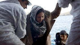 Nach Ankunft auf griechischen Inseln: Fähren sollen Flüchtlinge direkt in die Türkei zurückbringen