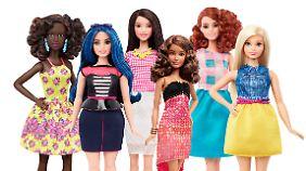 Kurvig, zierlich und mit Undercut: Barbie darf Vielfalt demonstrieren