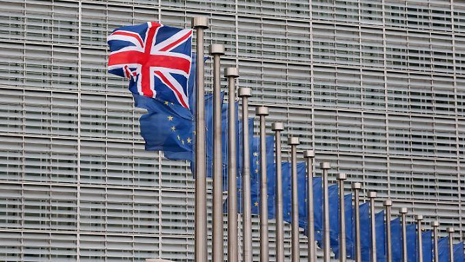 Laut einer Umfrage liegt das Lager der Brexit-Befürworter zwei Prozentpunkte vor dem Lager der Brexit-Gegner.
