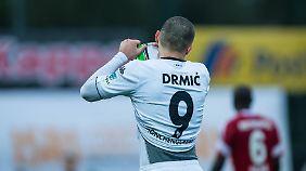 Josip Drmic streift vorerst bis zum Sommer das Trikot des Hamburger SV über.