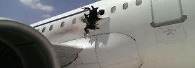 Kurz nach Start in Mogadischu: Explosion reißt riesiges Loch in Airbus