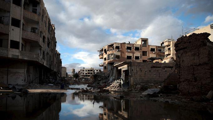 Zerstörte Häuser in einem Vorort von Damaskus.